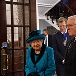 The President escorted Her Majesty into the Members' Lounge